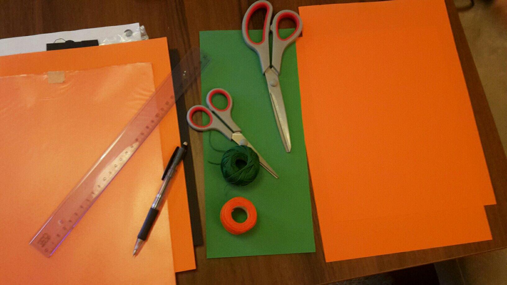 paper pumpkin tools prepare