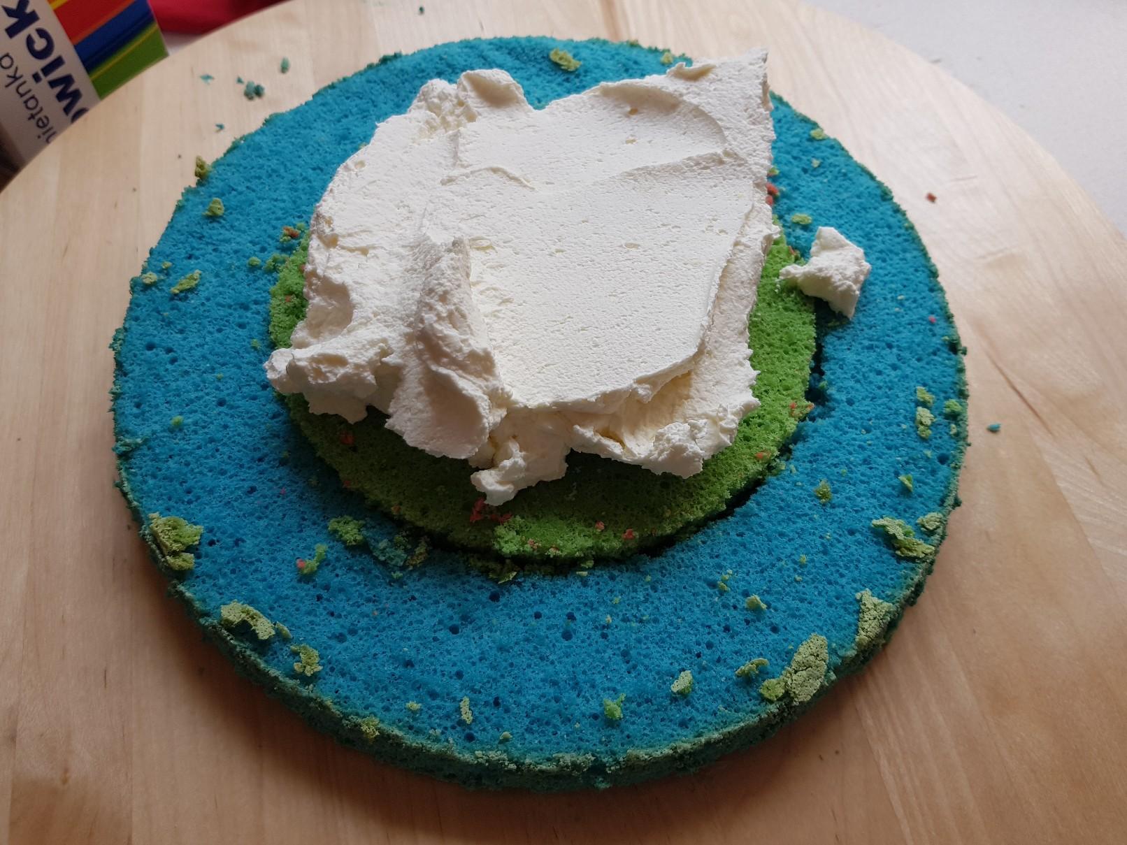 checkerboard drip cake cream filing