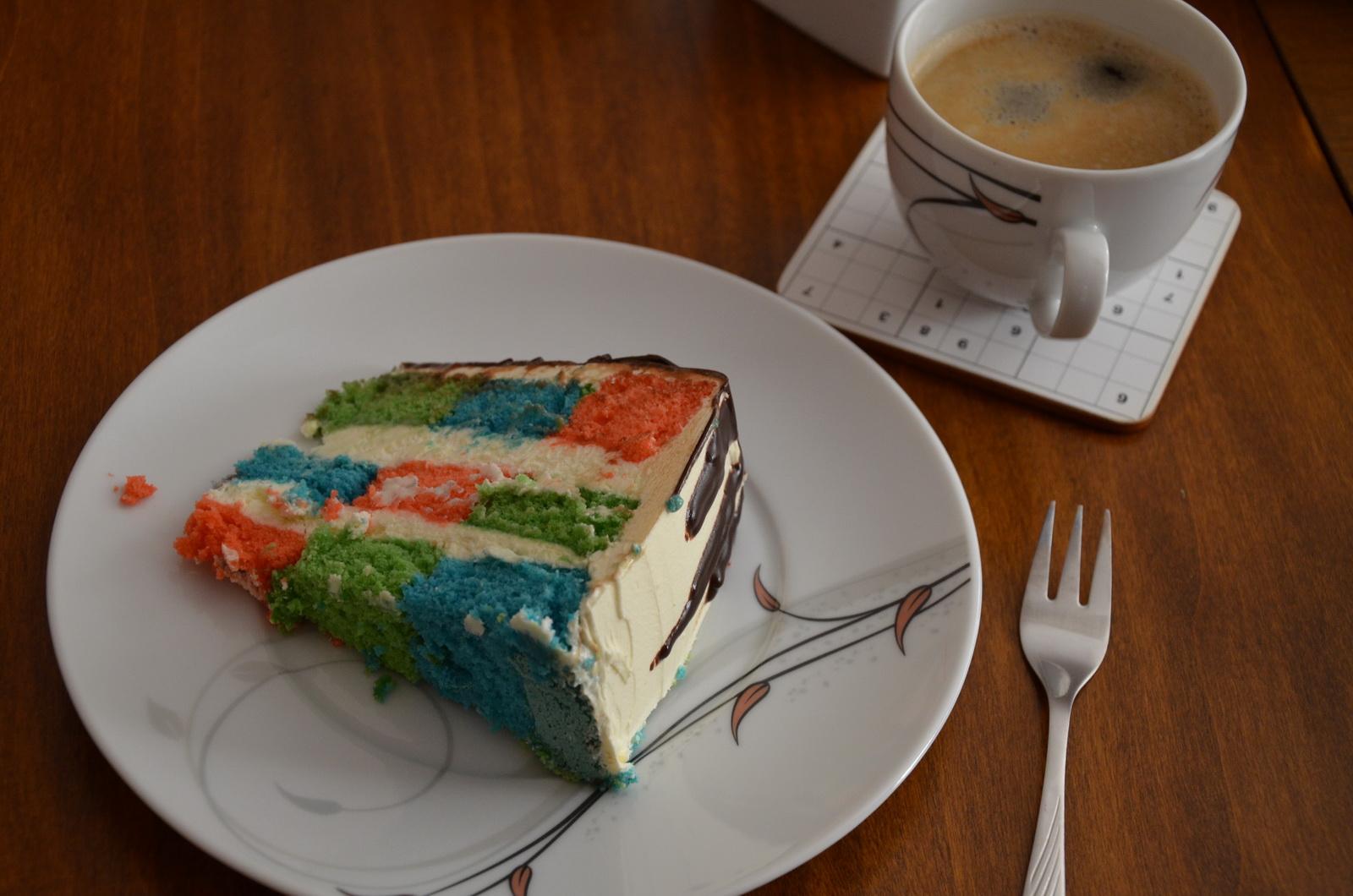 checkerboard drip cake plate