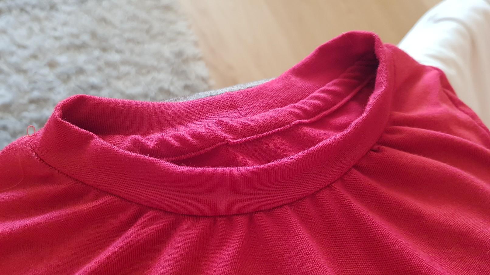 red tshirt collar masking 2