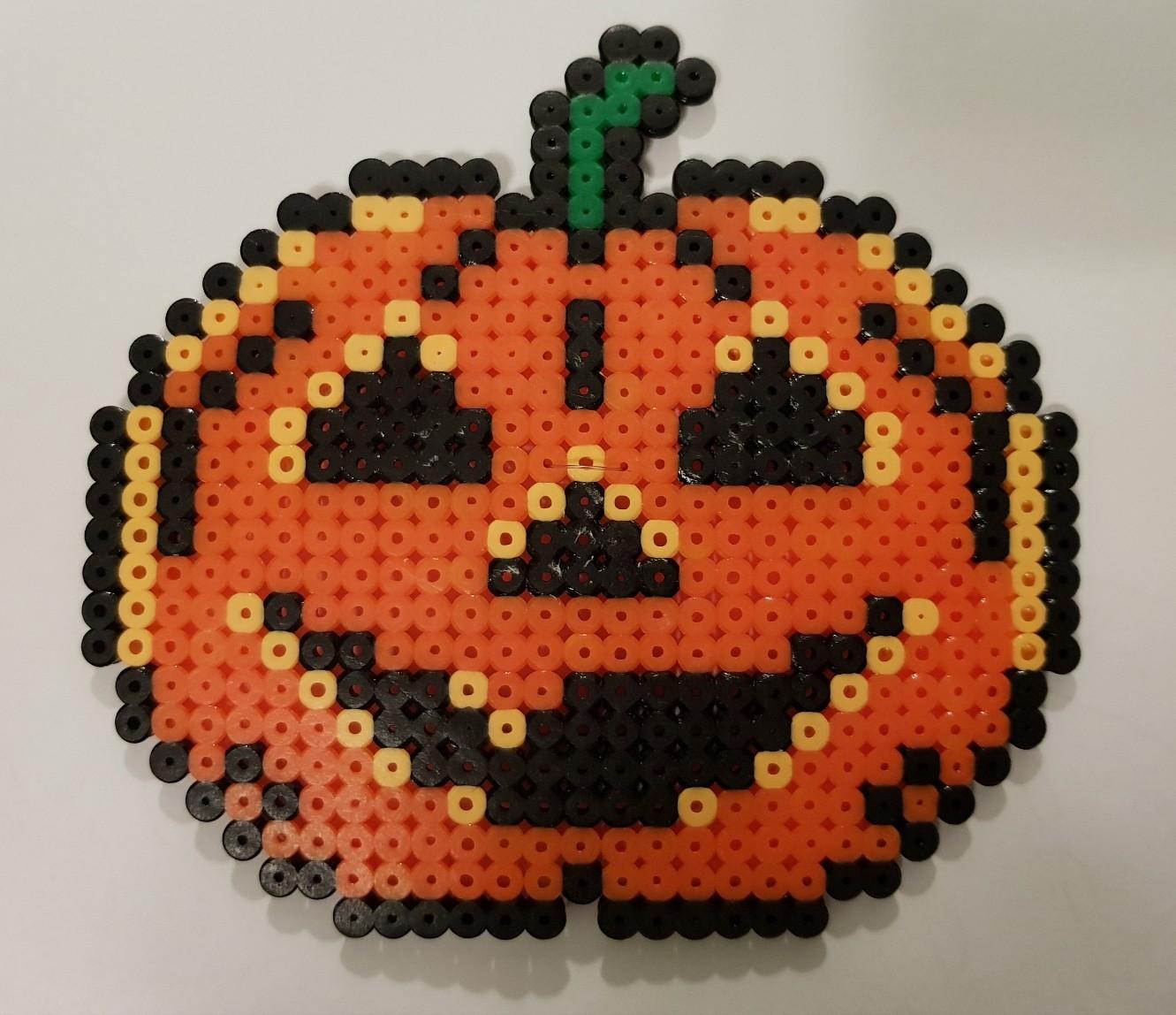 hama beads pumpkin