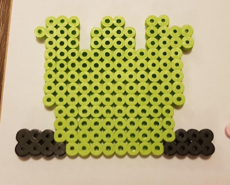 hama beads chat noir paw