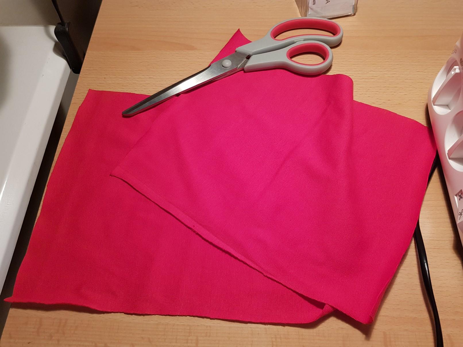 lengthened leggings red leg cuff