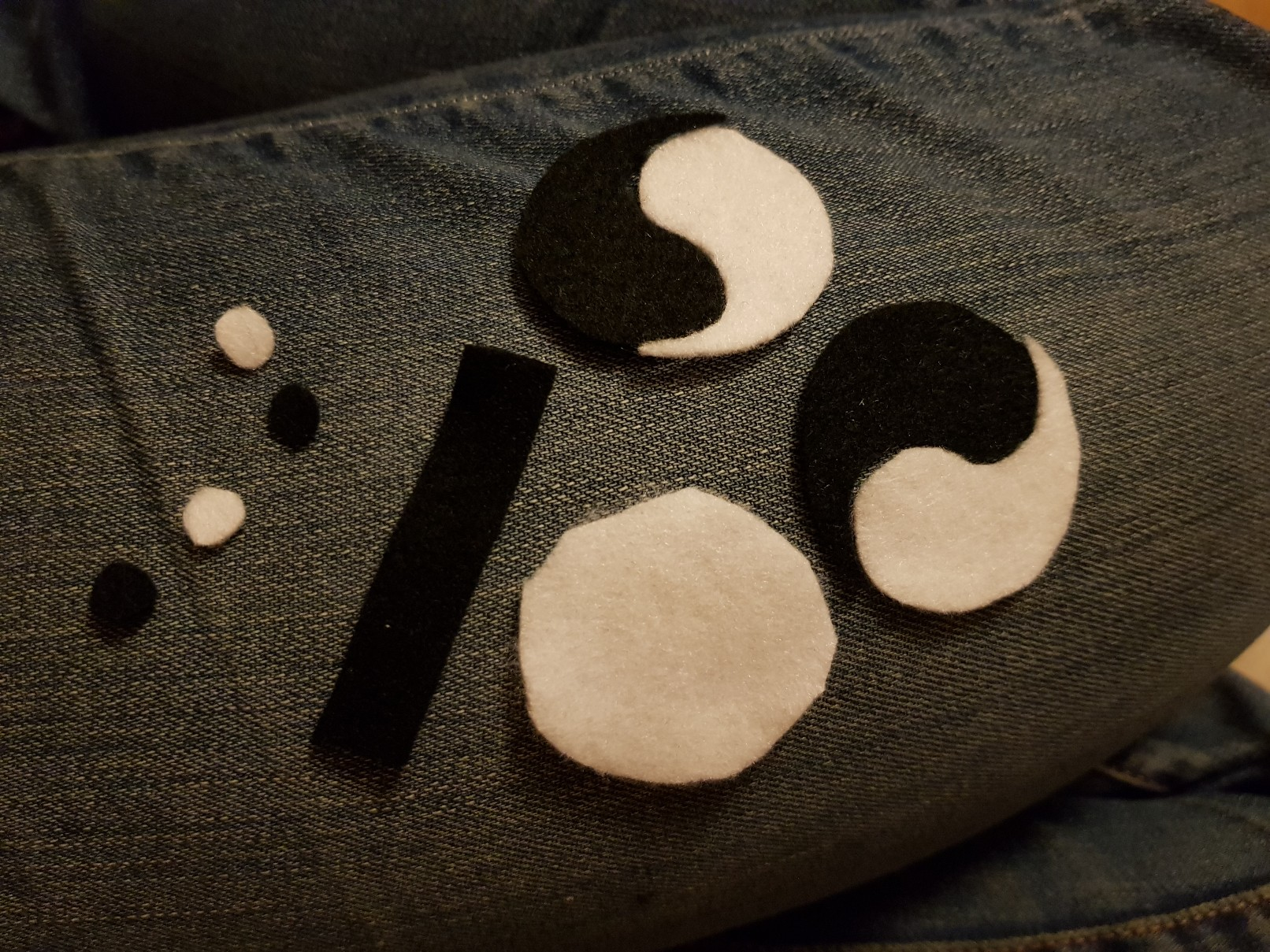yin yang felt keychain parts