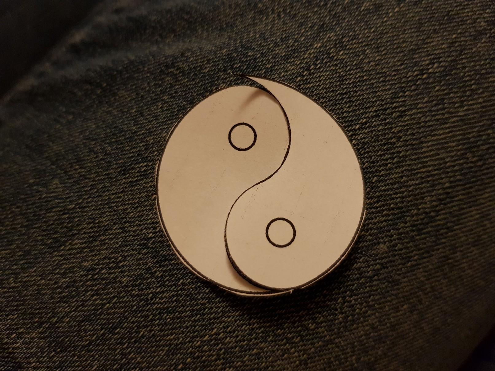 yin yang felt keychain project