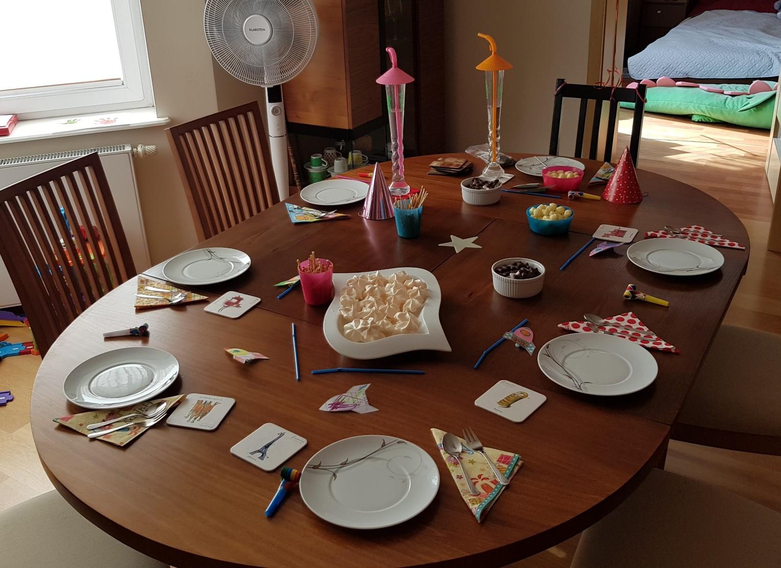 space birthday party ideas start meringue
