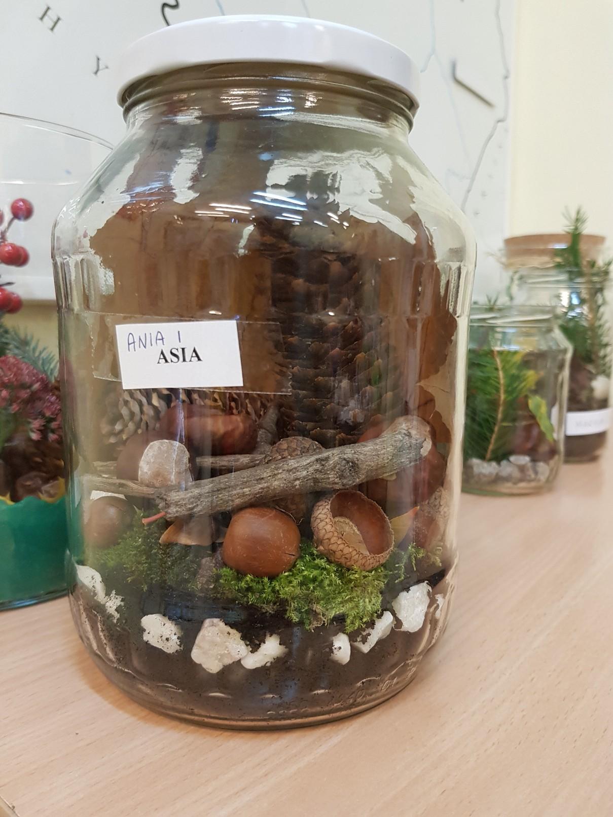autumn decoration jar