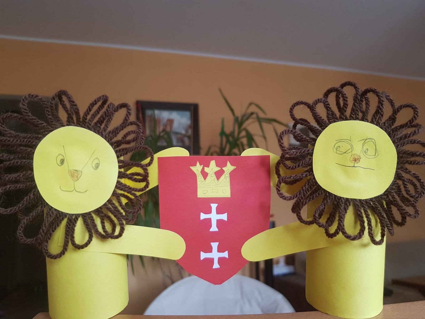 coat of arms gdansk lions final crane