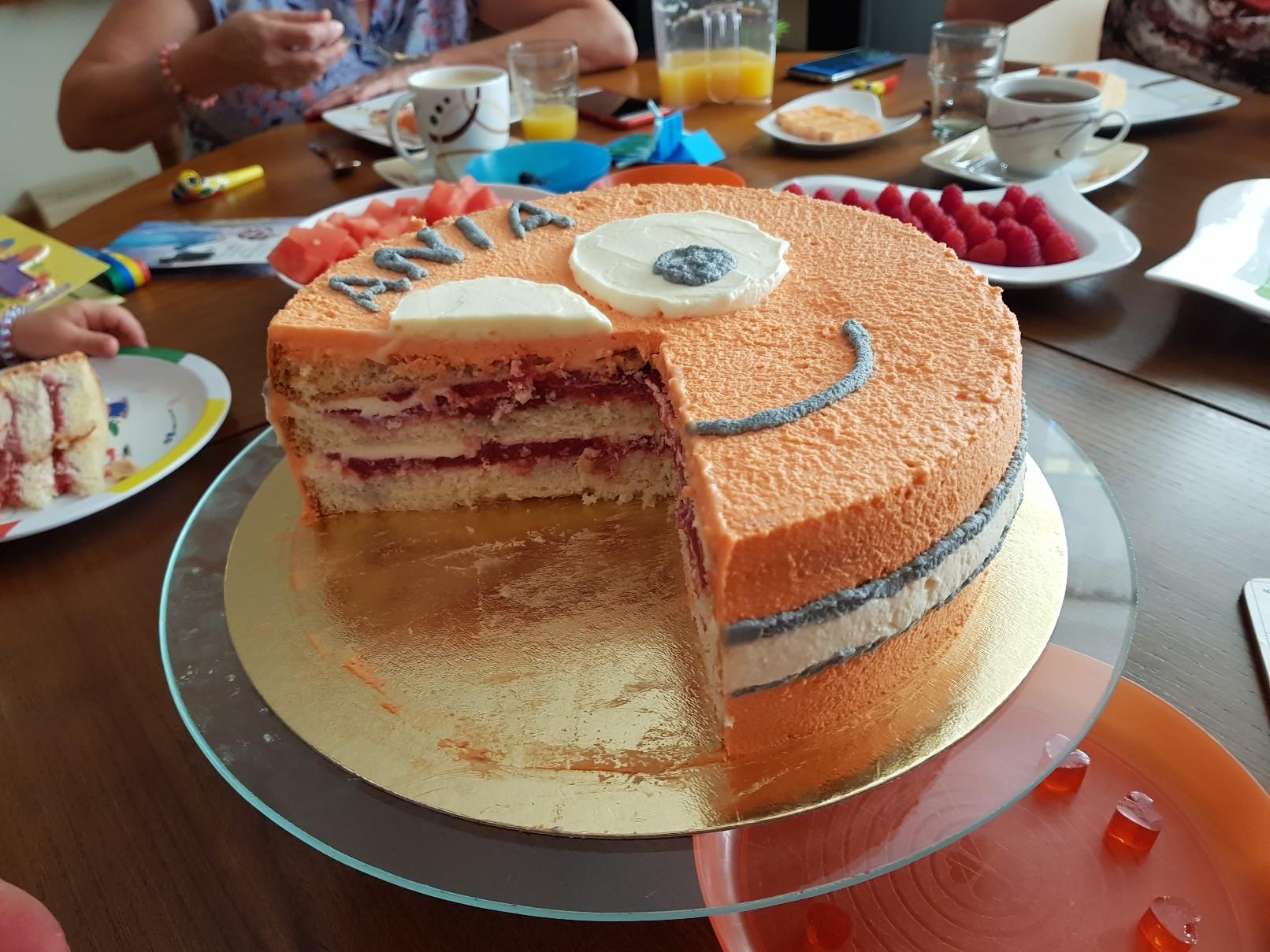 nemo birthday cake inside