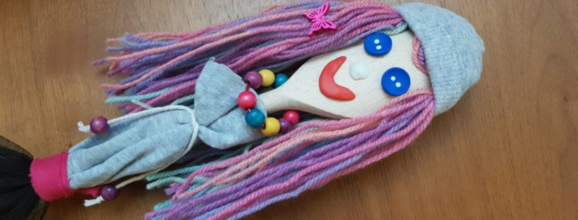 wooden spoon doll featured