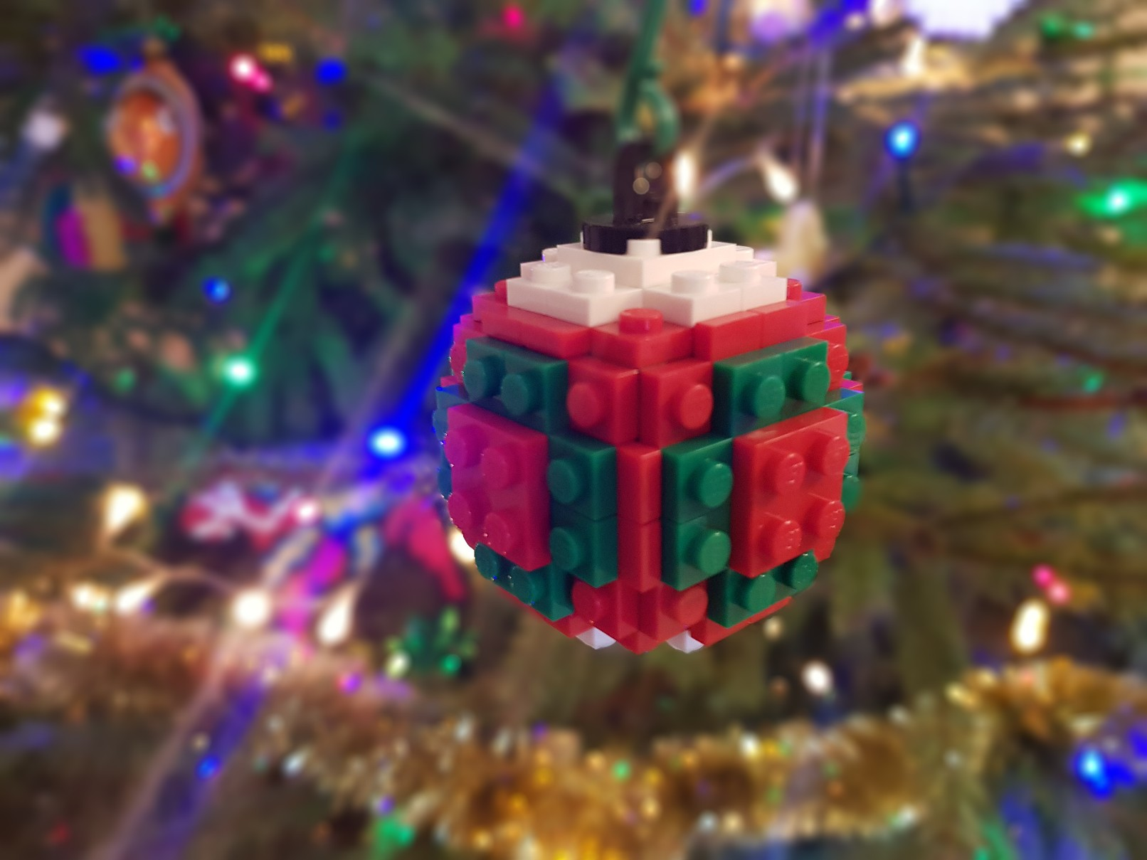 lego moc christmas baubles ornament ball red green