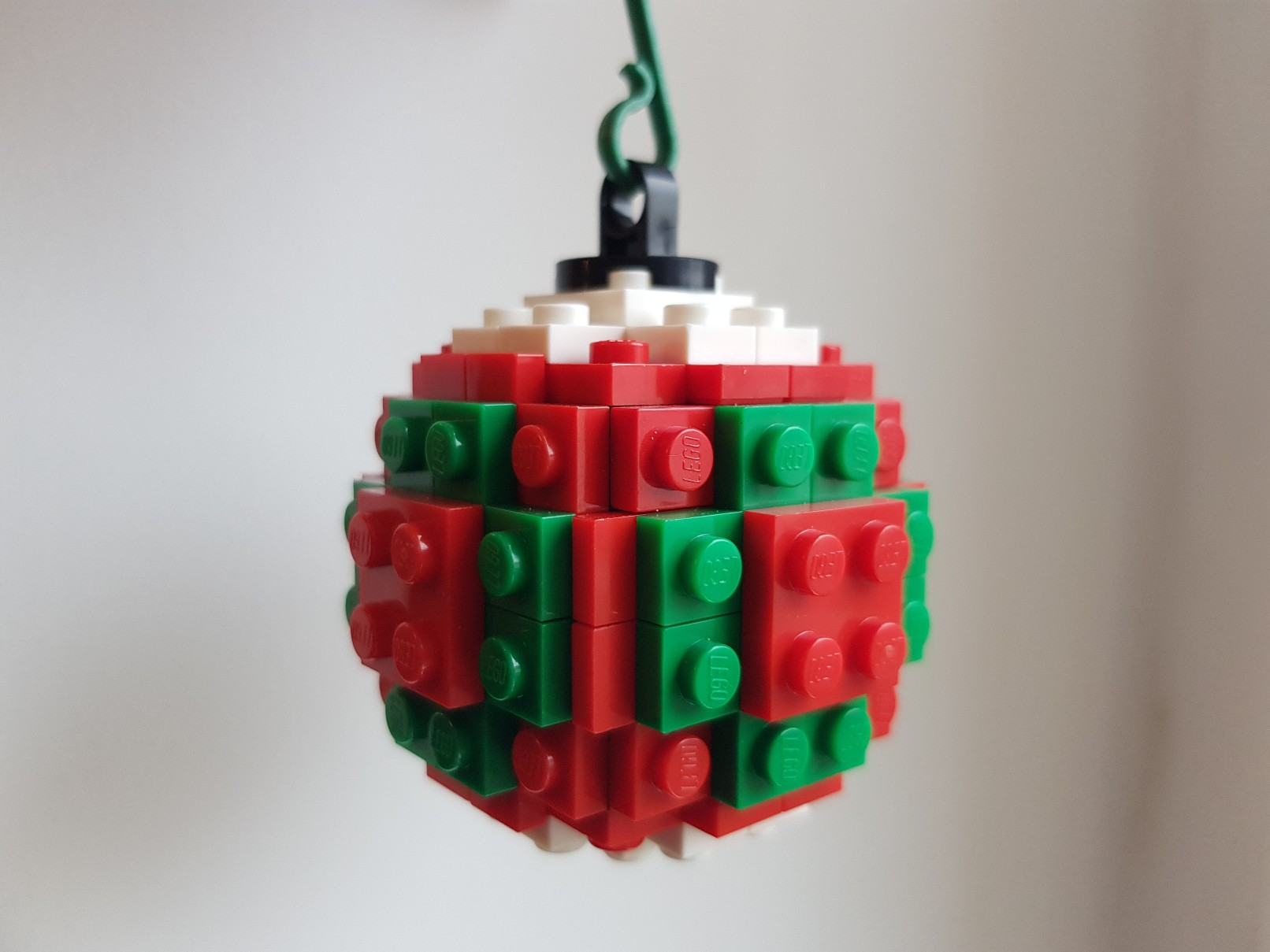 lego moc christmas baubles ornament red green ball 2